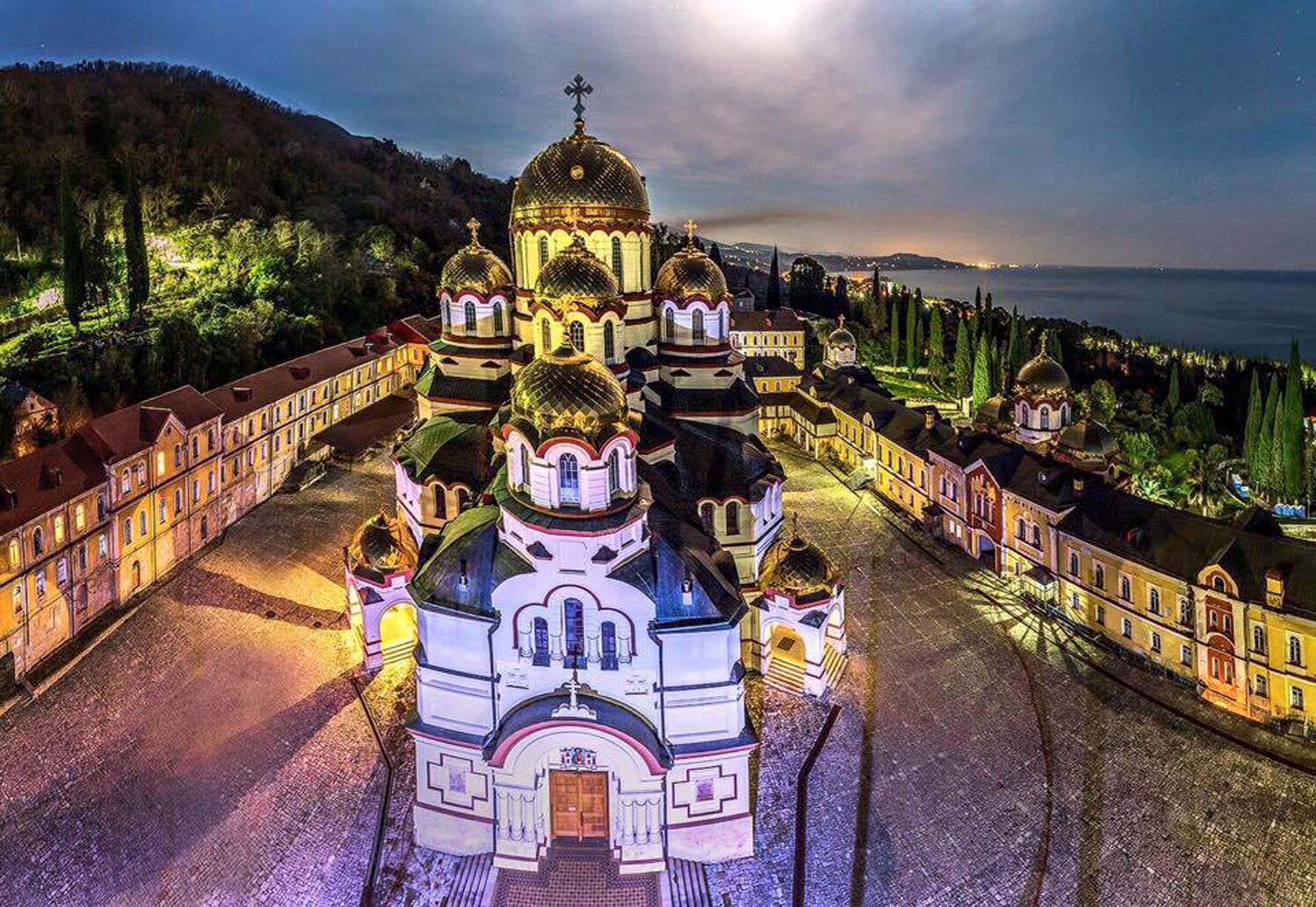 Вечерний монастырь